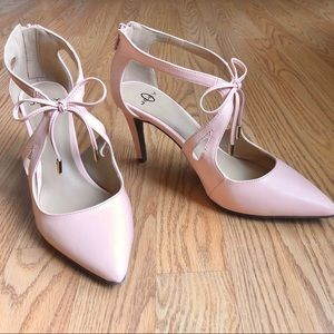 JOEY O Soft Pink/Peach Heels with Bow
